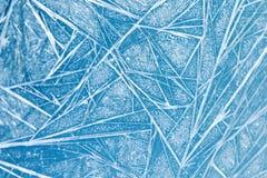 冻结的窗口装饰框架样式 冰开花纹理 冬天静物画摄影 特写镜头,浅深度  免版税库存图片
