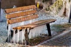 冻结长凳 免版税图库摄影