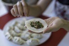 准备中国饺子1 库存图片