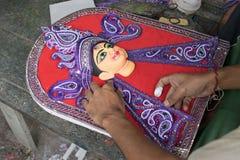 准备女神杜尔加黏土神象,加尔各答,加尔各答,印度的艺术家 免版税库存照片