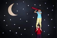 准备好可爱的孩子夜睡眠 免版税库存照片