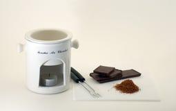 准备好的巧克力涮制菜肴 库存照片