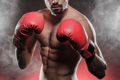 准备好的拳击手战斗 免版税库存照片