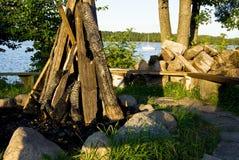 准备好的木柴做火 免版税库存照片