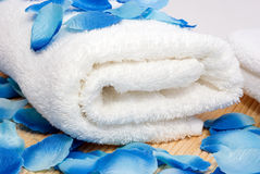 准备好的温泉毛巾 免版税库存照片