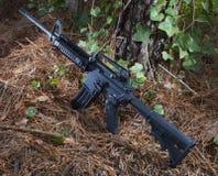 准备好的攻击步枪 免版税库存照片