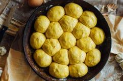 准备小圆面包面包 土气样式 自创增殖比的成份 库存图片
