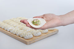 准备饺子 图库摄影
