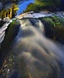 凉快的瀑布 库存照片