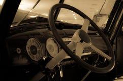 凉快的老美国汽车 免版税库存图片
