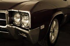 凉快的老肌肉汽车 库存图片