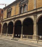 凉廊del consiglio在维罗纳 库存图片