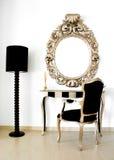 减速火箭巴洛克式的美丽的镜子 免版税库存图片
