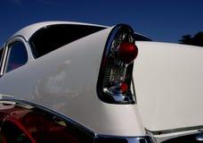 减速火箭汽车的牛仔 免版税库存图片