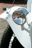 减速火箭汽车的车灯 免版税库存图片