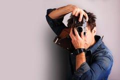 减速火箭照相机的摄影师 免版税库存图片