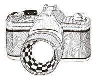 减速火箭照相机的照片 Zentangle传统化了 35mm照相机slr葡萄酒 徒手画 免版税图库摄影