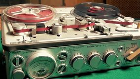 减速火箭的专业录音磁带记录器机器 影视素材