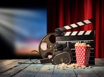 减速火箭的影片生产辅助部件静物画 免版税图库摄影