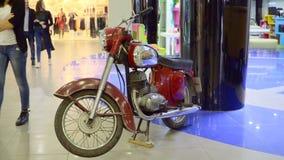 减速火箭的摩托车 摩托车Jawa 影视素材