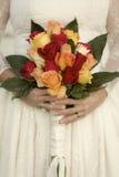 减速火箭的新娘花束 免版税库存照片