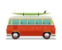 减速火箭的旅行红色van icon 冲浪者搬运车 葡萄酒旅行汽车 老经典露营车微型货车 减速火箭的嬉皮公共汽车 向量 库存图片