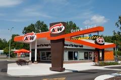 减速火箭的样式的A&W餐馆 免版税图库摄影