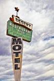 减速火箭的汽车旅馆符号 库存图片