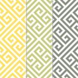 在三颜色变异的无缝的希腊关键背景样式 免版税库存照片
