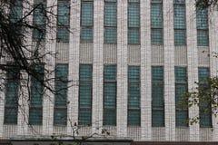 减速火箭的砖瓦房窗口 免版税图库摄影