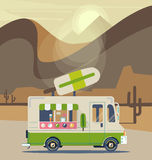 减速火箭的葡萄酒冰淇凌卡车 图库摄影