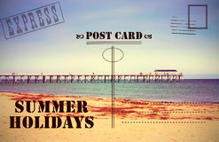 减速火箭的葡萄酒暑假假期明信片 库存照片