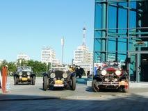 减速火箭的集会北京向巴黎2013年,哈尔科夫,三辆减速火箭的汽车 库存照片