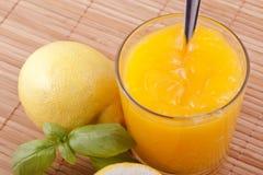 凝乳柠檬 免版税库存图片