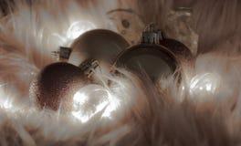 几个圣诞节球宏观细节  免版税图库摄影