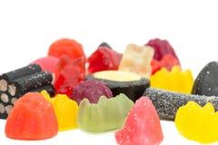 几个混杂的含糖的糖果特写镜头  免版税库存图片