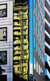 几乎反射抽象或超现实的都市大厦例证看法和角度  图库摄影