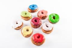 几五颜六色的方旦糖新月形面包和多福饼mixtu 免版税图库摄影