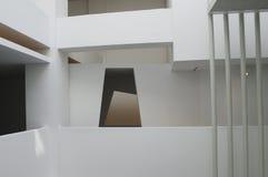 几何结构的大厦 免版税库存照片