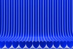 几何表面形成与被挤压的心形,2月14日概念-抽象背景的现代蓝色3D例证 皇族释放例证