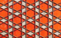 几何阿拉伯样式,红色木天花板 库存照片
