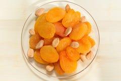 几干果、杏干和杏子种子 库存照片