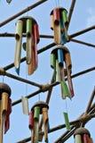 几由竹子制成和垂悬的乐器高度 免版税库存照片
