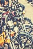 几辆摩托车连续站立 免版税库存图片