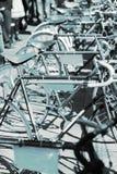 几辆自行车蓝色细节,减速火箭 库存照片