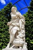 凡尔赛公园地区雕塑  免版税库存图片