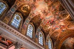 凡尔赛皇家教堂内部  免版税库存照片