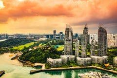 凯佩尔小游艇船坞海湾在新加坡-光的等式 免版税库存图片