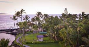 凯卢阿小纳海湾看法从Kamehameha Kona Beach Inn国王的 库存照片