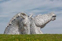 凯尔派,马头雕塑在螺旋的在福尔柯克附近停放 免版税图库摄影